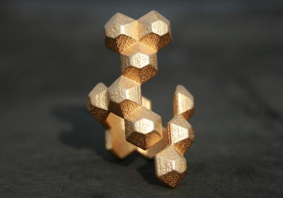 molecule_ring_2
