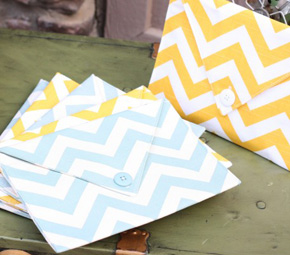 yellow+chevron+mint+clutch