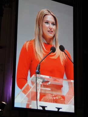 vienna-awards-2013_bar-refaeli