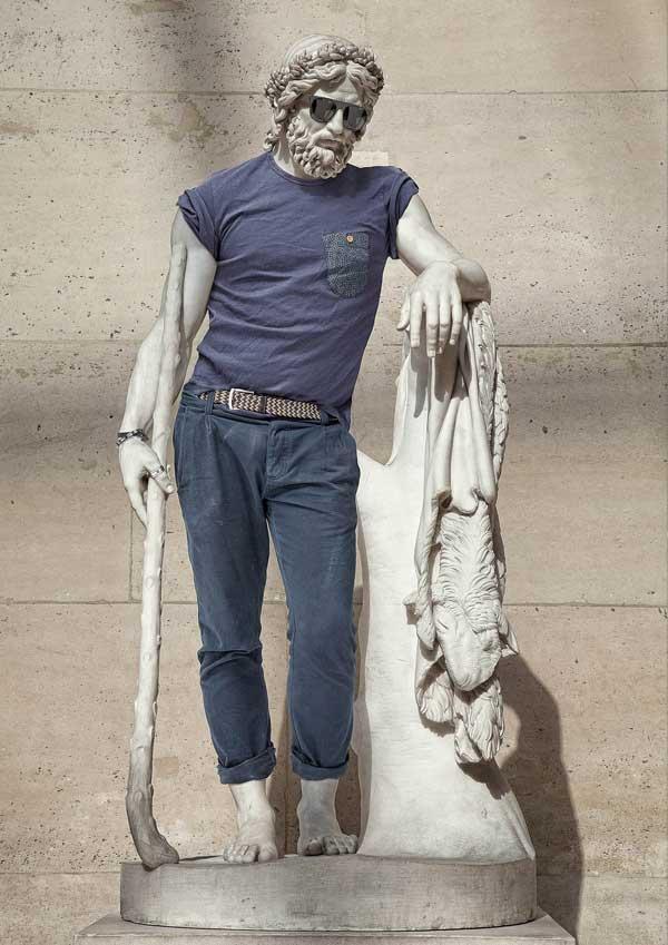 statue_moderne-kleidung_4