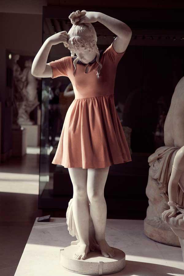 statue_moderne-kleidung_6