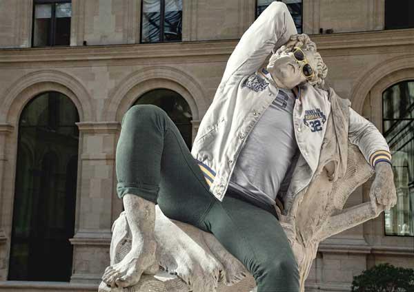 statue_moderne-kleidung_7